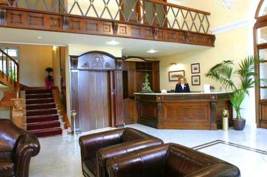 Grande Bretagne Hotel Nafplio: Lobby View