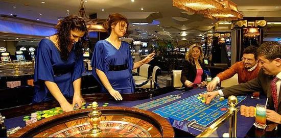 Rocks Hotel Casino: Casino
