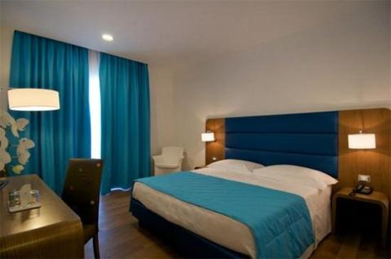 Hotel Plaza: Guest Room