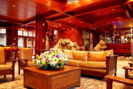 Fox Hotel & Suites: Fox Hotel Amp Suites Lobby