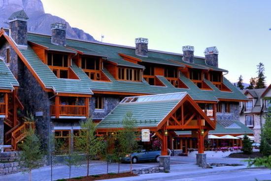 Fox Hotel & Suites: The Fox Hotel Amp Suites
