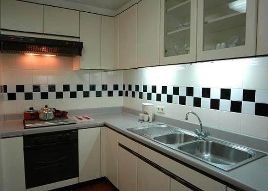 Aston at Kuningan Suites: One Bedroom Kitchen