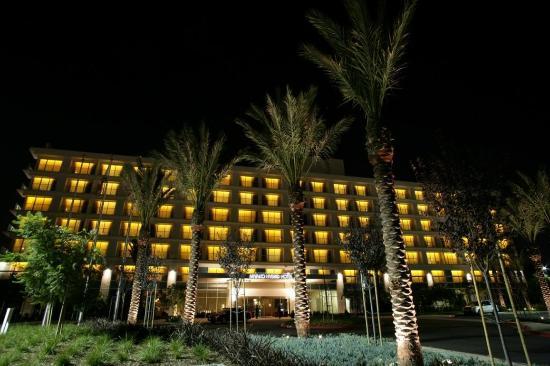 Miyako Hybrid Hotel: Hotel Exterior