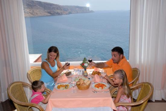 Diverhotel Aguadulce: Restaurant