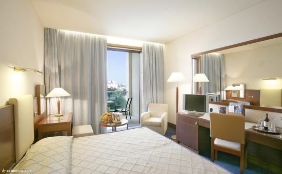 Carlos V Hotel: Guets Room
