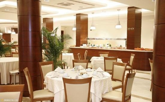 Carlos V Hotel: Restaurant