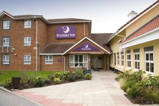 Premier Inn Welwyn Garden City Hotel: Exterior
