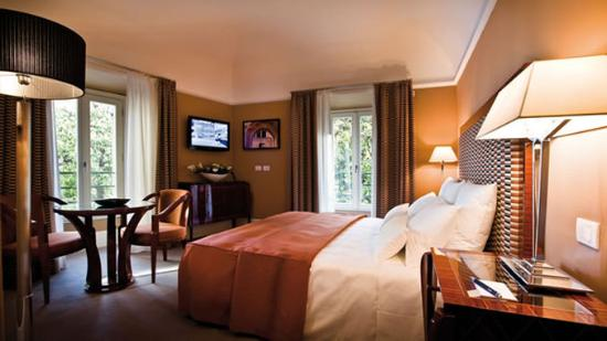 Grand hotel via Veneto: Guest Room