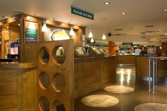 Premier Inn South Shields Port Of Tyne Hotel: Bar