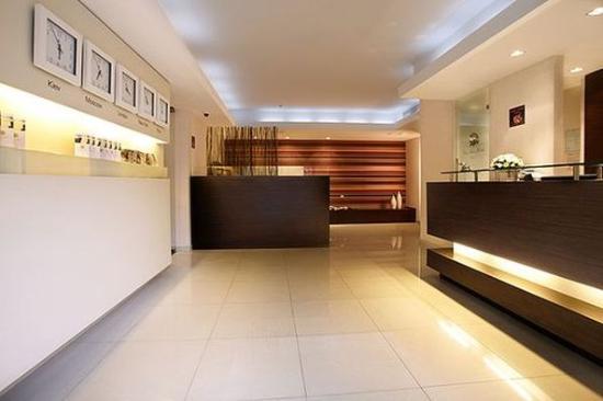 City Park Hotel: Lobby View