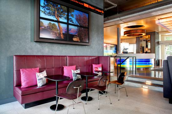 aloft chapel hill updated 2017 prices hotel reviews. Black Bedroom Furniture Sets. Home Design Ideas