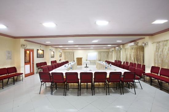 Kamath Residency Nature Resort: Conference Hall