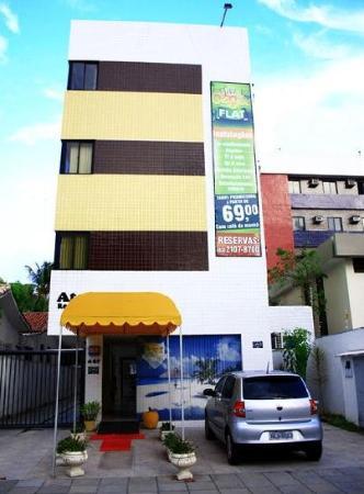 Caju Class Flat: Exterior