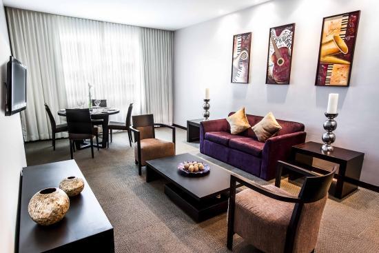 LIDOTEL Hotel Boutique Barquisimeto: Lidotel Barquisimeto Junior Suite Living Room