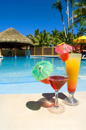 Sanctuary Rarotonga-on the beach: SRPool Drinks
