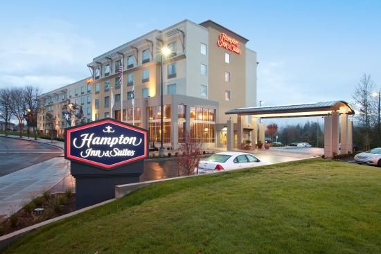 Photo of Hampton Inn & Suites Seattle/Federal Way