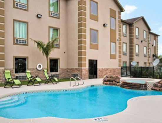 Travelodge Pharr/McAllen: Pool