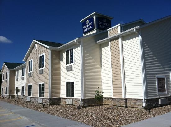 Photo of Cobblestone Inn & Suites Bloomfield
