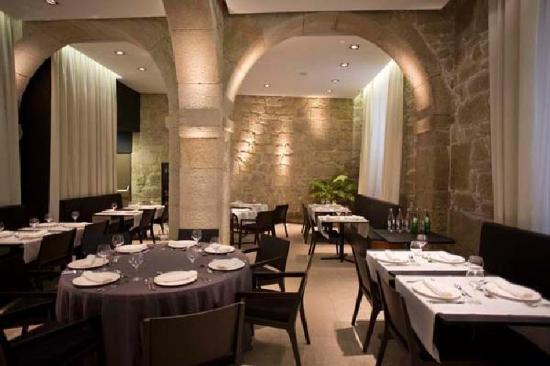 Carris Porto Ribeira: Restaurant