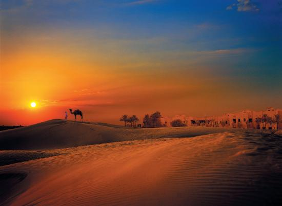 Bab Al Shams Desert Resort & Spa: Sunset