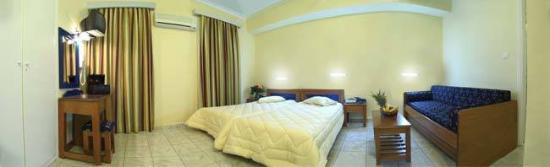 Hotel Carolina: Guest Room