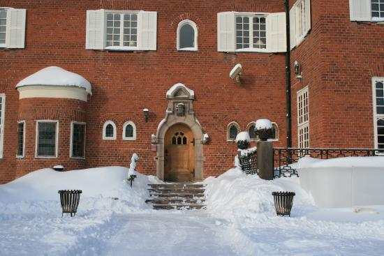 Djursholm, İsveç: Main Entrance