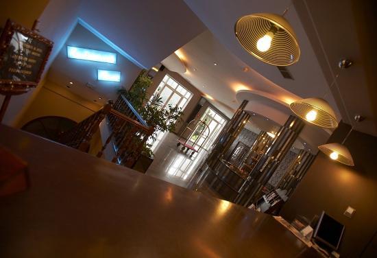 Hotel O Val Do Naseiro : Interior