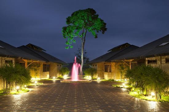 Hillary Nature Resort & Spa: Exterior