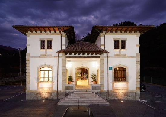 Hotel Granda: Exterior