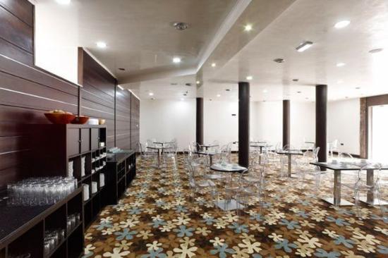 Hotel Granda: Miscellaneous