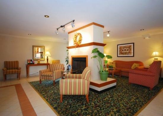 Quality Inn Newark: Lobby