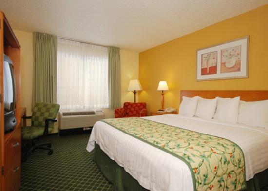 Quality Inn Newark: P