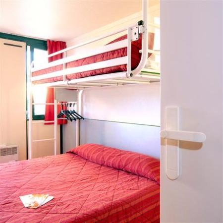 Premiere Classe Biarritz: Triple Room
