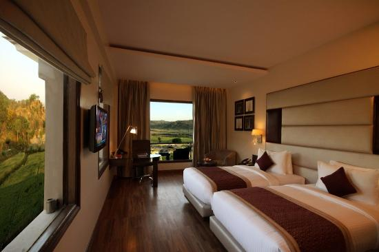 Golden Tulip Chandigarh Panchkula Rooms