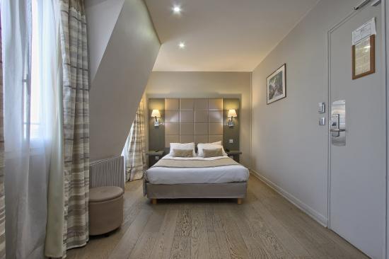Hotel Villa Margaux Opera Montmartre : room top floor