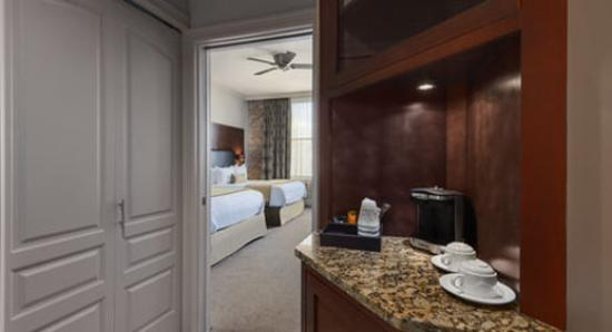 The Mining Exchange, A Wyndham Grand Hotel & Spa: Guest Room Foyer