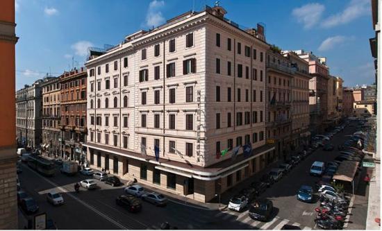 ホテル ジェノバ ローマ
