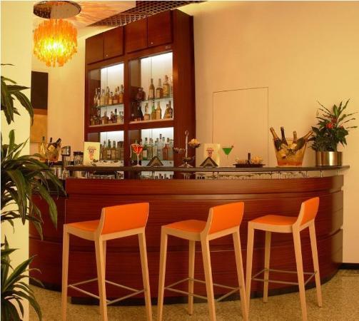 Hotel Genova: Remar Genova Bar
