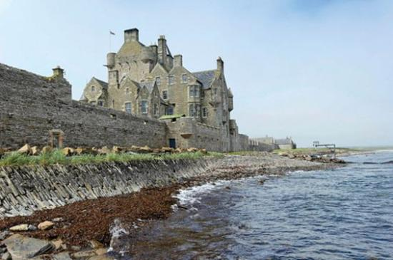 Ackergill tower wick castle reviews photos price for Stay in a haunted castle in scotland