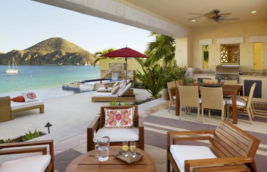 Hacienda Beach Club & Residences: Beachfront Villa