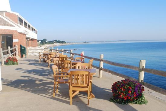 Pilgrim Sands on Long Beach: Outdoor Lounge Seating
