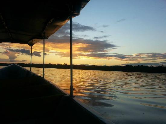 Lake Limoncocha: Atardecer