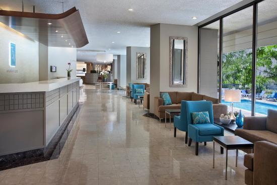 Toronto Don Valley Hotel & Suites: YYZDVLobby