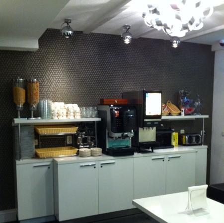 Hotel Vossius Vondelpark: Breakfast Room