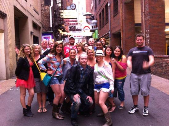 Hick Chick Tours Nashville