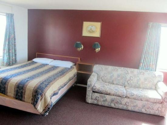 Hampton Harbor Motel: Guest Room