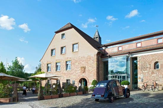 Kloster Hornbach: Charming former monastery with a sense of serenity