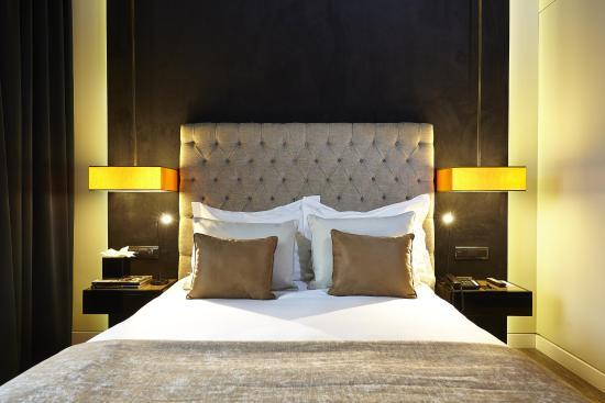 9HOTEL MERCY: Classic Room