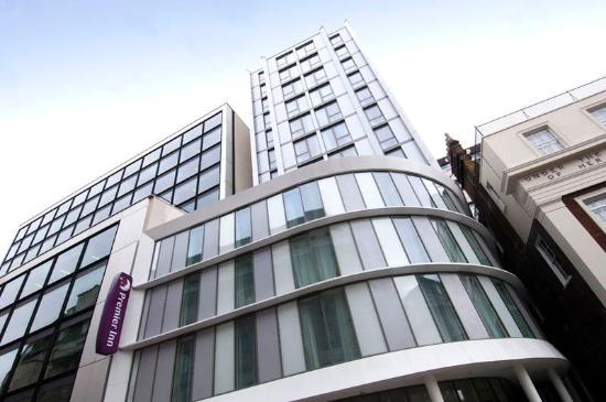 Premier Inn London Waterloo (Westminster Bridge) Hotel : Exterior