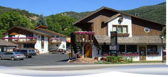 Starlight Lodge Driveway